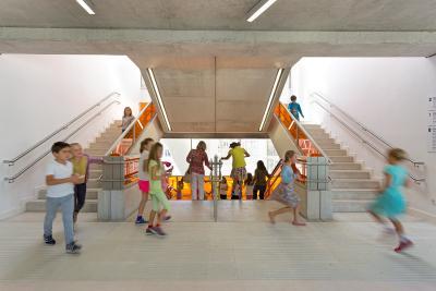 Deutsche Schule Madrid / Foto: © Grüntuch Ernst Architekten/Celia de Coca
