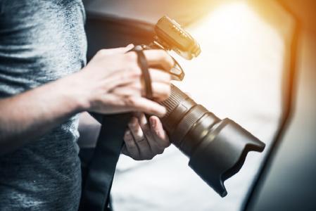 Neuer Gesetzesentwurf des Bundesinnenministeriums will Ausweisdokumente sicherer machen - Handwerkskammer Reutlingen lehnt Änderung ab / Foto: Fotolia, Tomasz Zajda