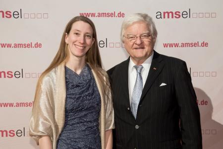 Sobek-Nachwuchspreisträgerin 2017 Dr. rer. nat. Anneli Peters mit Laudator Prof. Dr. med. Klaus V. Toyka