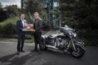 Starke Partner mit großer Tradition: Indian Motorcycle und Baume & Mercier