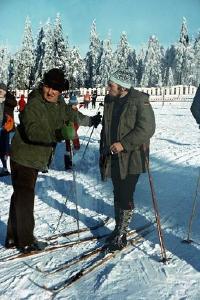 Alt und Jung starten nach Jahrgängen gestaffelt, die technische Ausrüstung zeigt heute mehr Hightech und weniger Holz / Foto: Schiers: EFNS, Altenau 1974