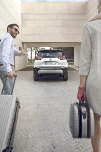 Ganz schön praktisch: Der neue Opel Crossland X macht als urbaner Crossover nicht nur in der Stadt, sondern auch auf der Fahrt in den Urlaub eine gute Figur