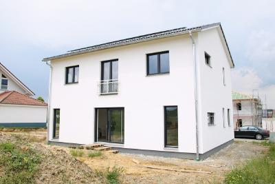 Das 38.000ste WeberHaus ist ein energieeffizientes und smartes Einfamilienhaus und wurde im Schwarzwald gebaut