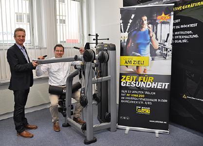 (v.l.): Markus Giegold (Geschäftsführer FIT STAR) und Christian Wagner (Koordinator Gesundheitstag/BGM-Team uniVersa) / Foto: uniVersa
