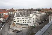 Im Jahr 2019 wurde in der Pillenreuther Straße an den 133 Mietwohnungen noch gebaut. Der Bezug findet nun im Jahr 2020 statt, Foto: Stefan Meyer