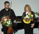 Gerührt vom Applaus: Panta Velickovic und Viola Mokrosch nach ihrem Auftritt beim Duo-Abend.