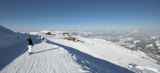 Grandiose Aussichten im Ski Juwel