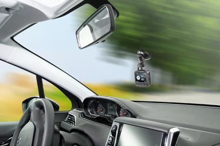 POI-Pilot 7000 GPS-POI-Warner mit Super-HD-Dashcam
