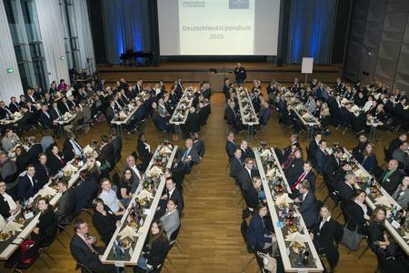 Dank der Unterstützung von 71 Förderern kann die Hochschule Osnabrück 163 Deutschlandstipendien vergeben – so viele wie nie zuvor