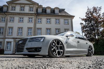 Tuning in Vollendung: Ultratiefer Audi S8 auf Barracuda Ultralight Project X