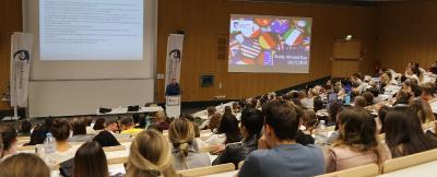 Die Studierenden nutzen gerne und zahlreich das Informationsangebot zum Auslandsstudium. Foto/Hochschule Worms