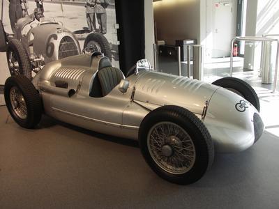 AU Rennwagen Typ D DK 1939 Christie's.