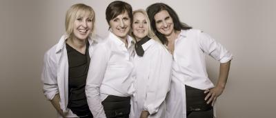 Das SlimCOOL-Team mit kühlender Funktionskleidung