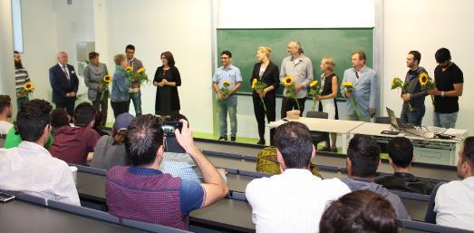 Vizepräsidentin Ulrike Tippe dankte dem Team des Welcome Centers für die erfolgreiche Arbeit / Foto: TH Wildau / Bernd Schlütter