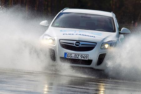 At the Opel Test Center drivers can learn how to control more powerful cars such as the Opel OPC models