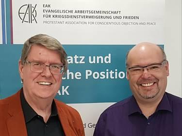 Holger Teubert mit Horst Sebastian (v.l.) / © Foto: Dieter Junker/APD