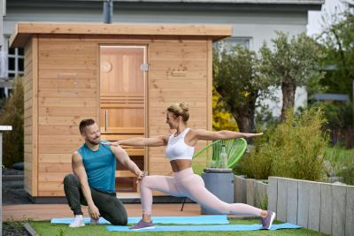 Das heimische Outdoor-Spa der Spalecks: Regeneration für Körper, Geist und Sinne. Zusammen mit Ihrem Mann Siggi lebt Mareike Spaleck an der Hessischen Bergstraße.