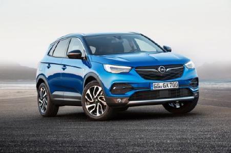 Stylish, praktisch, sicher: Der neue Opel Grandland X weist mit innovativen Assistenzsystemen den richtigen Weg