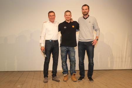 Erfolgreiche Partnerschaft: Opel Motorsport Direktor Jörg Schrött, Rallye-Junior Jari Huttunen und Andreas Bachmeier, Leiter ADAC Automobil- und Motorbootsport (v.l.)