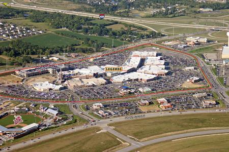 """Morgan Stanley P2 Value kauft lifestyle Shopping- und Entertainment Center """"Legends at Village West"""" bei Kansas City"""