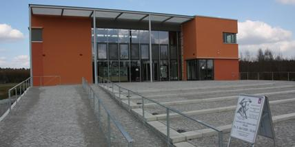Bibliotheksgebäude auf dem Campus der Theologischen Hochschule Friedensau