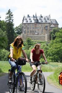 Schloss Eisenbach am Vulkanradweg, Vogelsbergkreis, ©Frankfurt Rhein-Main