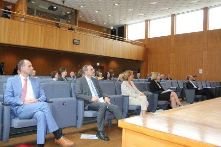 v.l. Minister C. Hoch, Hochschulpräsident P. Mudra, MP M. Dreyer, HRK Vizepräsidentin D. Schumann und MRN Geschäftsführer P. Johann