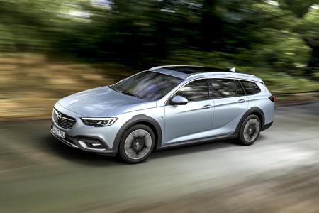 Abenteurer im Offroad-Look: Ab sofort ist der neue Opel Insignia Country Tourer zum Einstiegspreis von 34.885 Euro bestellbar (UPE inkl. MwSt.)