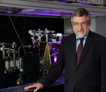 Professor Dr. Burkard Hillebrands (Foto: TU Technische Universität Kaiserslautern)