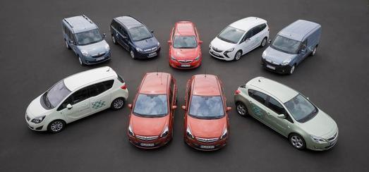 Opel Autogas- und Erdgas-Fahrzeuge: tanken für die Hälfte