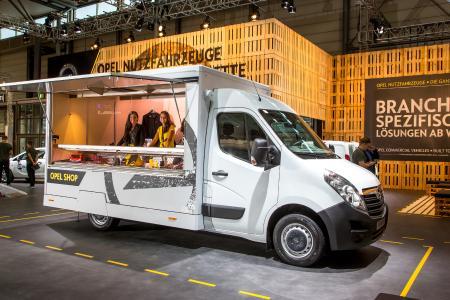 Opel Movano Mobile Sales Shop
