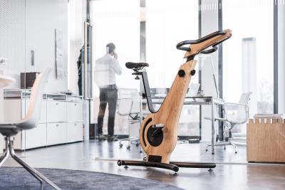 NOHrD Bike Modell Esche in hochwertiger Büroumgebung