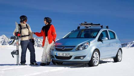 Neben Winterreifen und den dazu passenden Schneeketten ist die ordnungsgemäße Ladungssicherung zu beachten .Wenn sich Ski & Co. bei einer Vollbremsung oder einem Aufprall aus ihrer Halterung lösen, können sie zum gefährlichen Geschoss werde