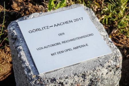 Reichweitenrekord: Von Görlitz bis nach Aachen 750 Kilometer mit nur einer Batterieladung – das schafft nur der Opel Ampera-e