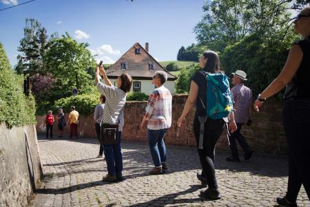 Gästeführung in Leinsweiler, Quelle: PfalzTouristik e.V., Foto stammt aus 2019