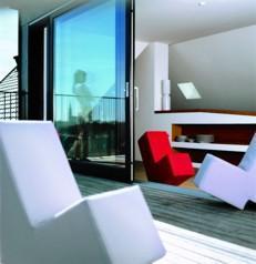 Junges Wohndesign zu Weihnachten: Lümmel, der Sesselhockersofastuhl