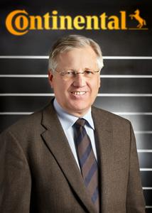 Dr. Hartmut Wöhler, Leiter Marketing & Vertrieb Pkw-Reifen-Ersatzgeschäft EMEA