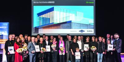 Die Juryvorsitzende Prof. Christine Nickl-Weller verkündete gemeinsam mit Dirk Schöning, Geschäftsführer der Heinze GmbH, die zwölf Preisträger / Foto: Marcus Jacobs