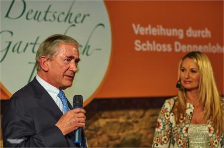 Dr. Stihl und Eva Grünbauer