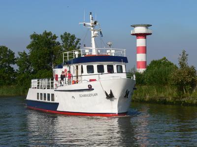 """Fahrgastschiff """"Schwingeflair"""". Fotograf: Annett von Ahn"""