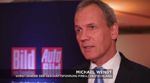 Michael Wendt, Vorsitzender der Geschäftsführung Pirelli Deutschland, erläutert im Video, warum Pirelli seit 15 Jahren Partner des GOLDENEN LENKRADS ist
