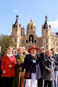 Gästeführer zeigen Einheimischen und Besuchern die schönsten Seiten Schwerins, Foto: Angelika Lindenbeck
