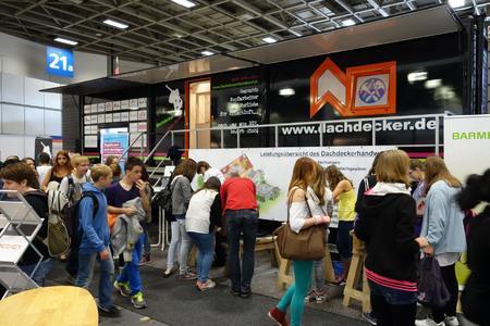 Jugendmesse YOU 2014: Dachdecker-Landesinnung Berlin wirbt um Nachwuchs
