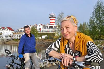 Radfahrer am Geierswalder See / Quelle: Tourismusverband Lausitzer Seenland - Nada Quenzel