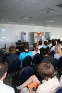 """Pressekonferenz """"Jugend denkt Zukunft"""" im Hause Krüger"""