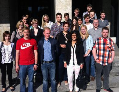 Studierende der Hochschule Osnabrück haben in Berlin der Arbeitswelt verschiedener Volkswirte kennengelernt