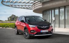 All Charged Up: Opel Grandland X All-Wheel Drive Plug-In Hybrid