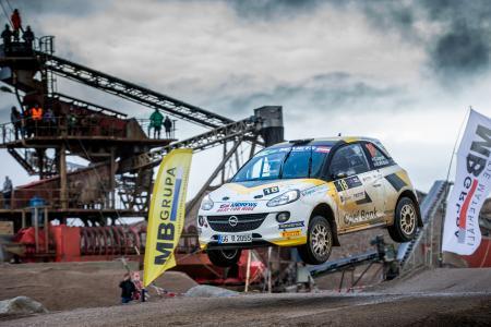 Sprung an die Spitze: 2017 holt der 23-jährige Engländer Christopher Ingram im Opel ADAM R2 den Titel in der Rallye-Junior-Europameisterschaft – für Opel der dritte Gesamtsieg in Serie
