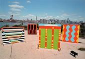 Chris Martin, East River Williamsburg, Brooklyn, 2005, Courtesy of Chris Martin, KOW BERLIN, and Mitchell-Innes & Nash, New York  / Foto: Donna Alberico