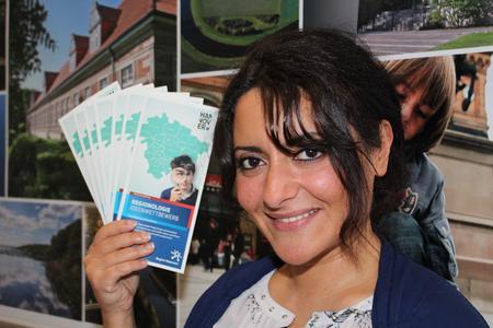 """Emine Cünedioglu, Referentin für politische Bildung, ruft zum Ideenwettbewerb für """"Regionologie"""" auf"""